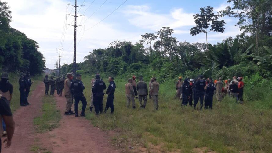 Imagem ilustrativa da notícia: Sinal de celular fez polícia achar cemitério clandestino