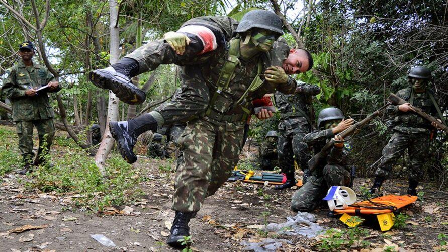 Imagem ilustrativa da notícia: Exército abre 170 vagas em concurso para oficial e capelão