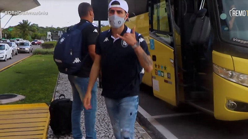 Um dos destaques do Clube do Remo, lateral-direito Thiago Ennes espera melhor desempenho do time azulino, nos Aflitos.