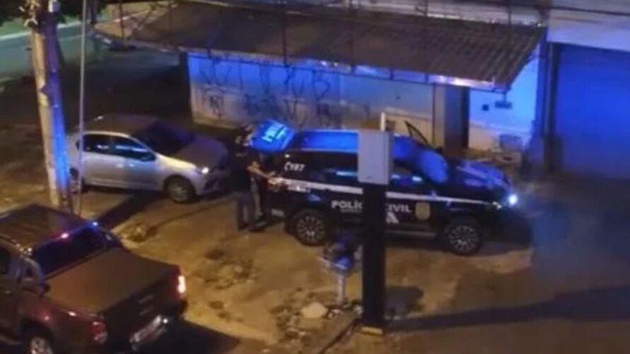 Imagem ilustrativa da notícia: Falso Sugar Daddy é preso por estupros de jovens no DF
