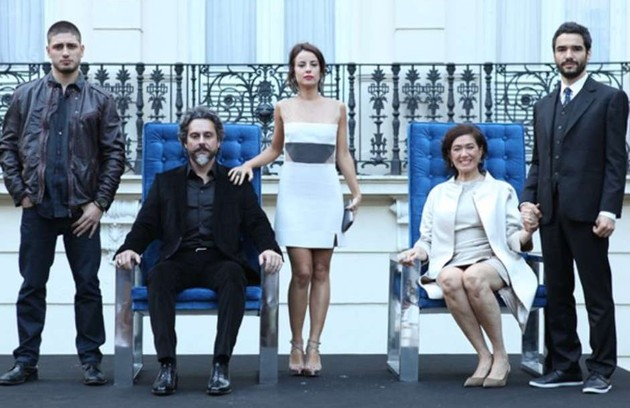 A cena foi ao ar na novela Império, que está sendo reprisada às 21h