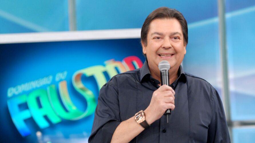 Fausto Silva (foto) deve voltar à emissora Band após décadas