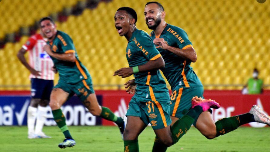 Kayky se tornou o jogador mais novo do Fluminense a marcar um gol em Libertadores.