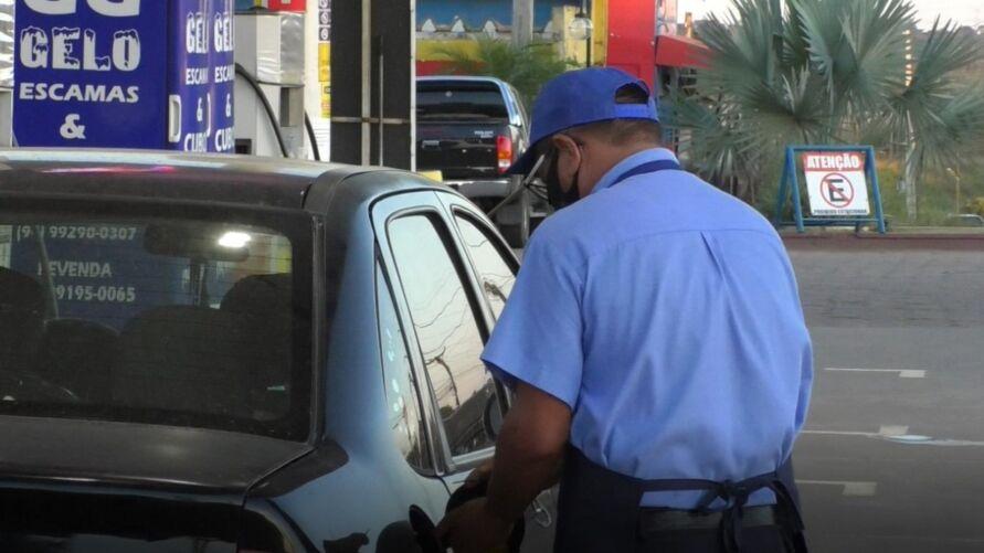 Reajustes constantes no preço da gasolina já estão pesando no bolso dos consumidores.