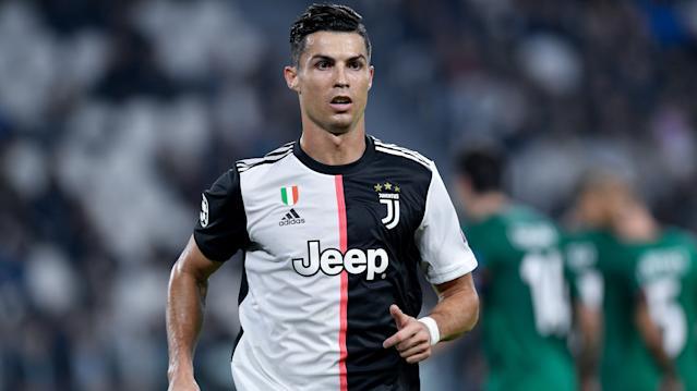 Imagem ilustrativa da notícia: Cristiano Ronaldo falta treino para comprar Ferrari