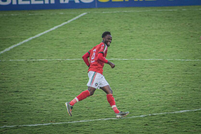 Atacante Jefferson, ex Boa Esporte-MG, já está em Belém e deverá ser oficialmente anunciado pelo Clube do Remo