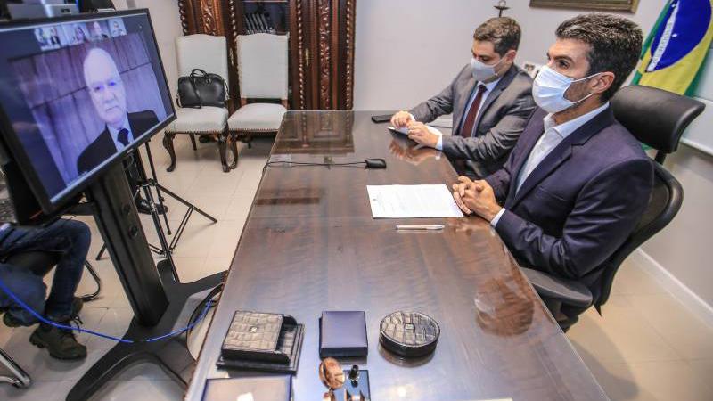 O governador Helder em audiência virtual com o ministro Edson Fachin, do Supremo Tribunal Federal (STF),