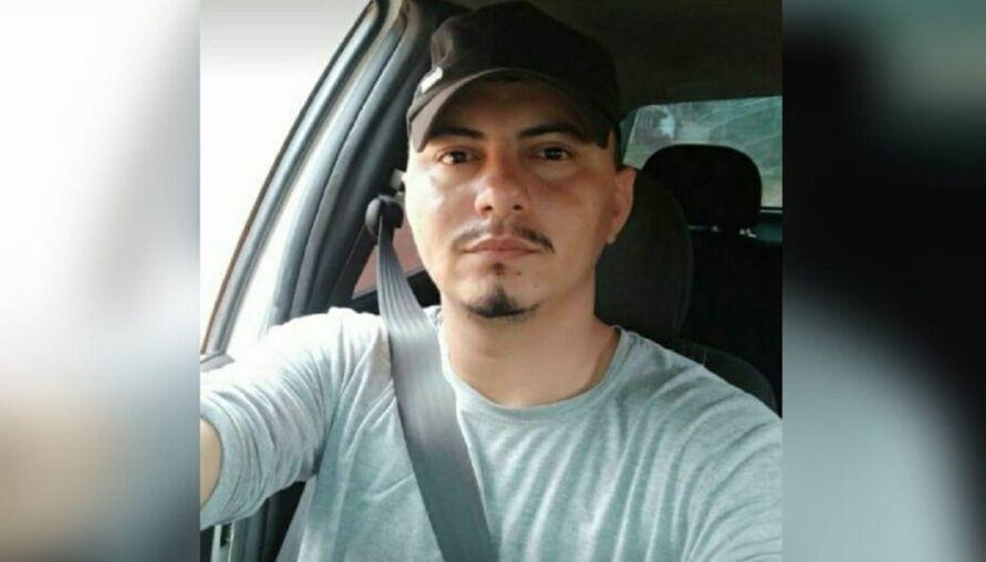 Familiares buscam informações do paradeiro de Cosmo Lopes (foto), de 26 anos