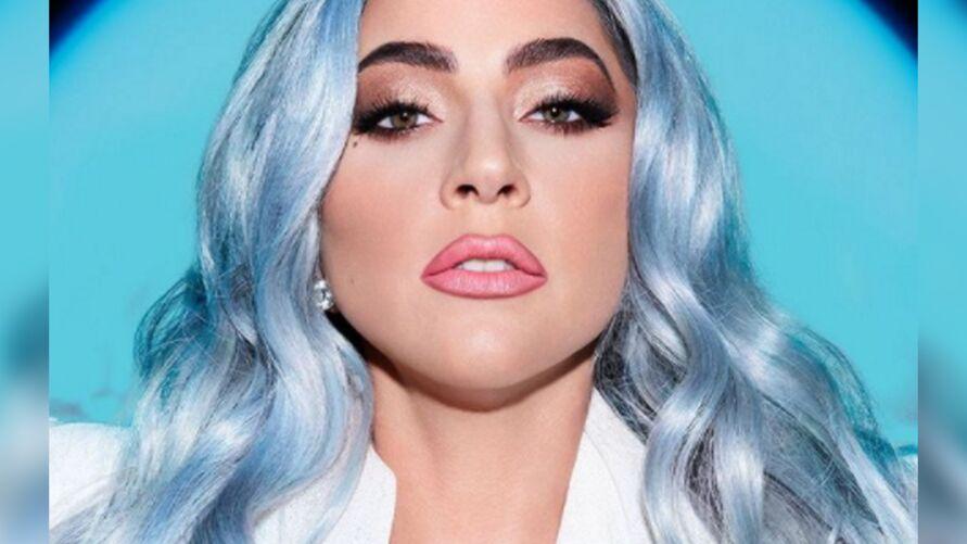 Lady Gaga levou a web à loucura com clique pra lá de ousado.