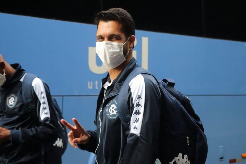 Jogadores do Clube do Remo já estão no Rio de Janeiro para enfrentar o Botafogo.