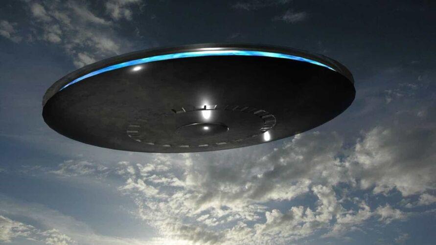 Imagem ilustrativa da notícia: Nave alienígena é filmada pormorador nos EUA; veja o vídeo!