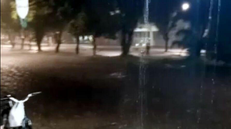 As ruas da Grande Belém foram banhadas por uma chuva ininterrupta