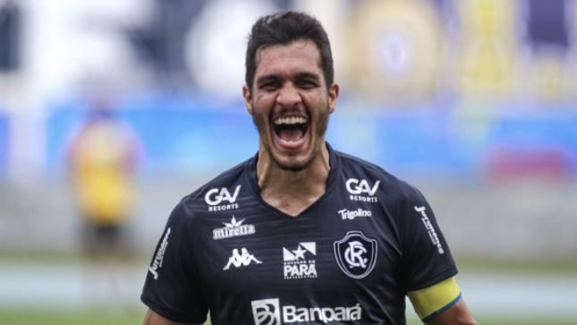 Lucas Siqueira fala sobre evolução da equipe.