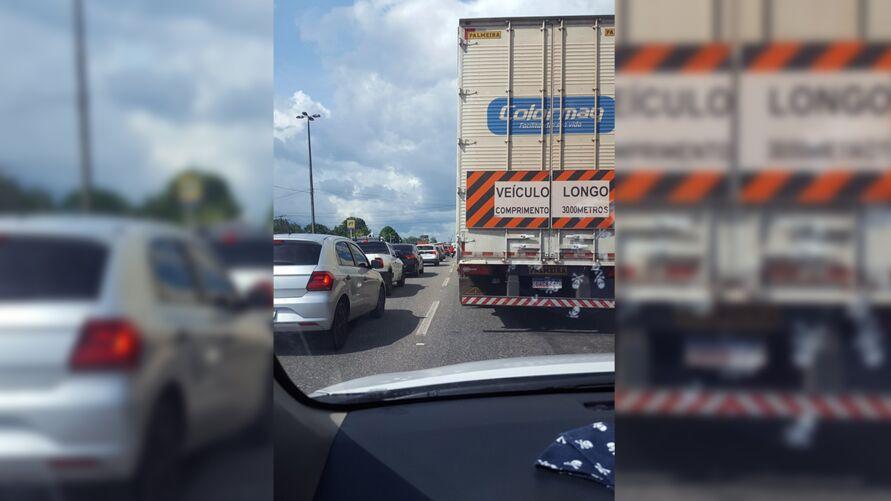 Imagem ilustrativa da notícia: Condutores enfrentam trânsito lento na BR-316