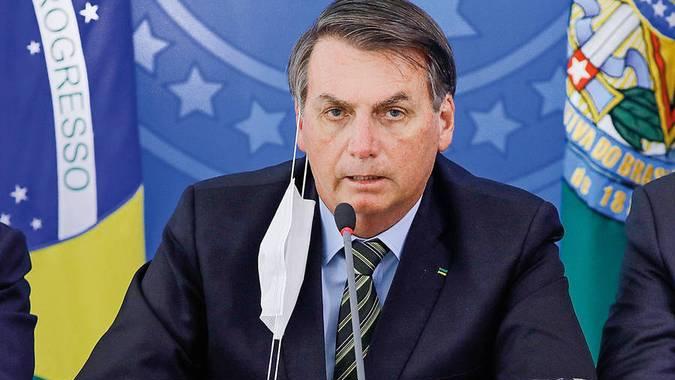 Imagem ilustrativa da notícia: Bolsonaro diz que decisão sobre máscaras será de governos