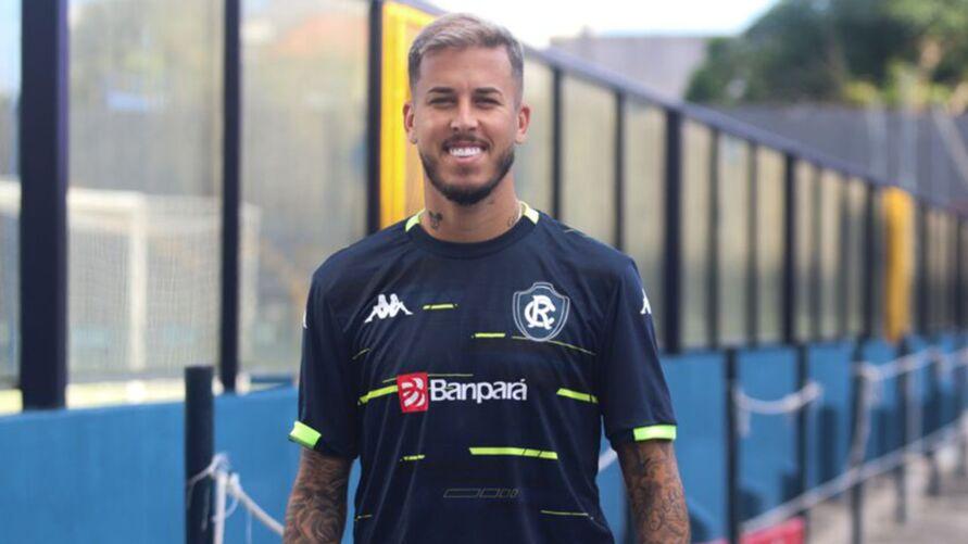 Marcos Junior já pode atuar contra o Vila Nova-GO