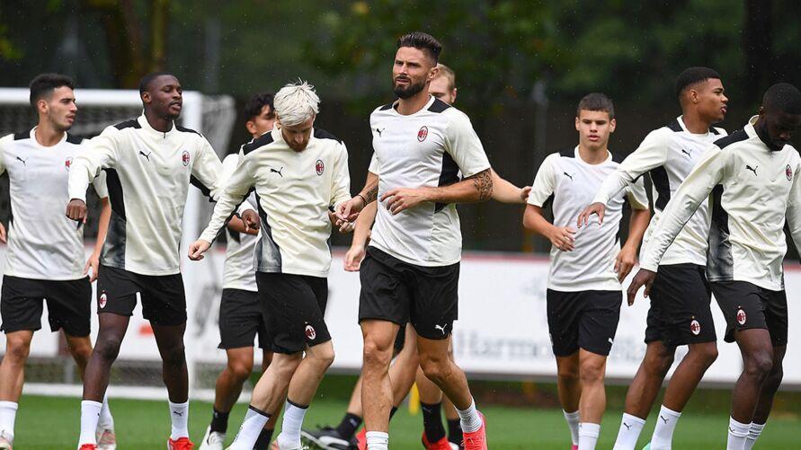 Giroud espera fazer uma linda história no Milan