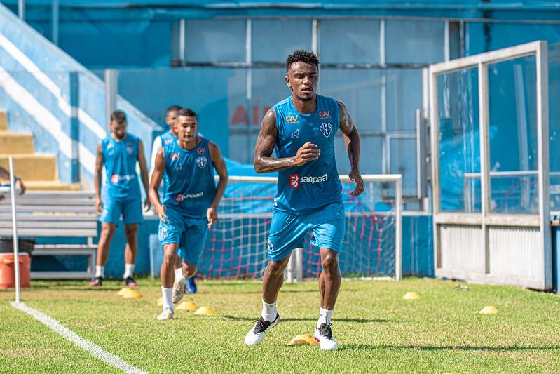 Elenco do Paysandu volta aos treinos visando desafio diante do Manaus na Série C.