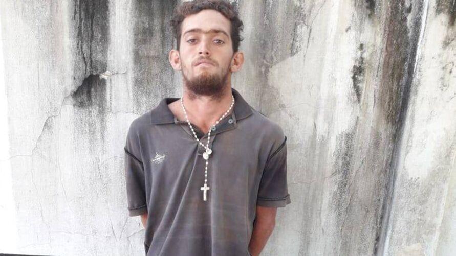 Imagem ilustrativa da notícia: Homem exagera na cerveja, ataca carro da PM é preso no Pará