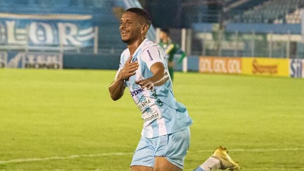Jogador marcou o gol de empate contra o Altos-PI