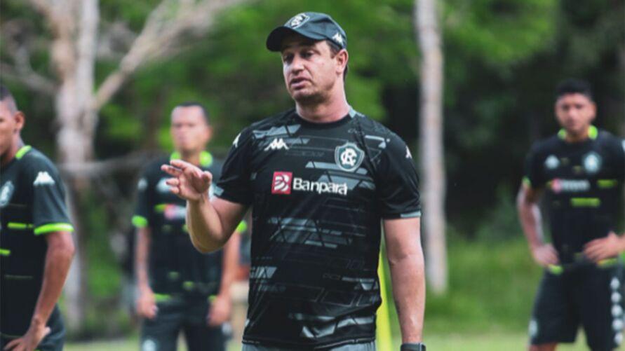 Felipe Conceição chegou a acionar o Cruzeiro na CNRD alegando que clube mentiu sobre acordo da rescisão