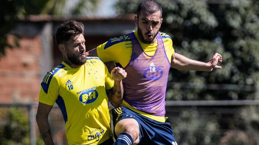 Rafael Sóbis e Rhodolfo estão disponíveis para o jogo contra o Remo.