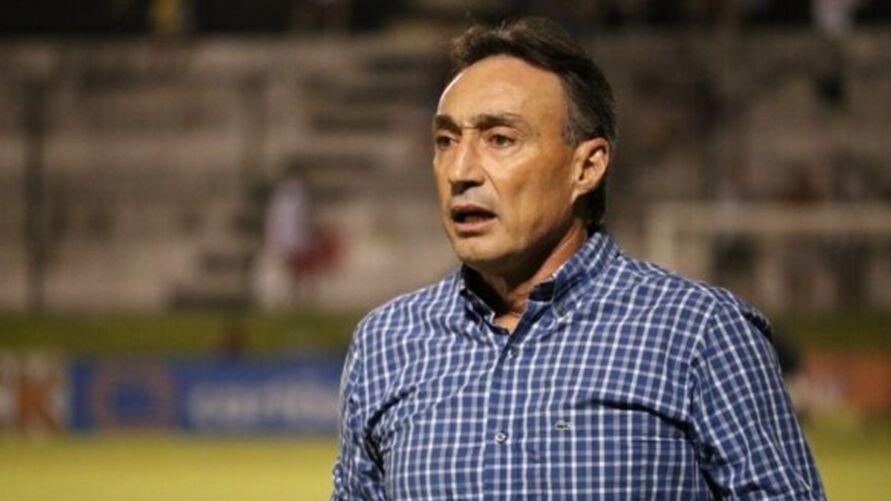 Roberto Fonseca já assume o Londrina contra o Tombense no próximo sábado.