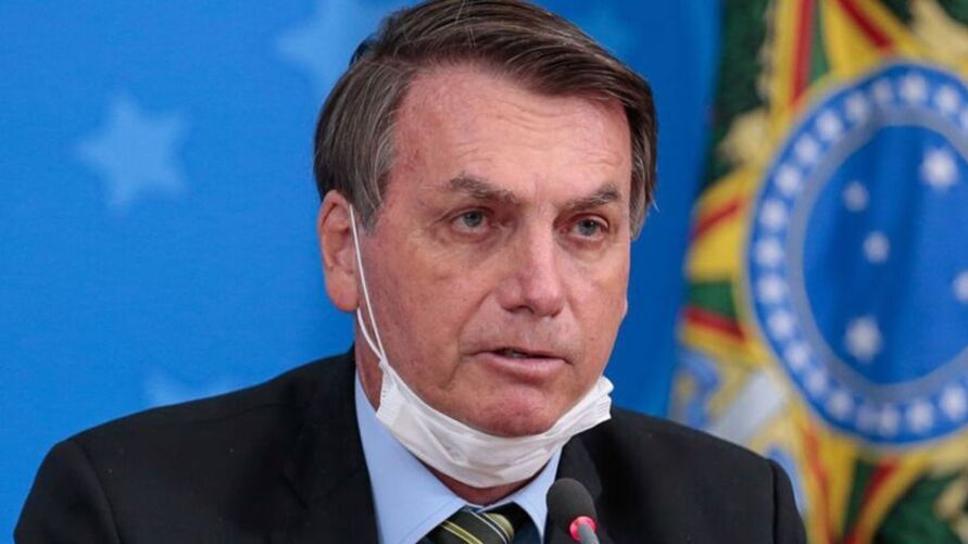 Governo do presidente Jair Bolsonaro enfrenta desaprovação após  denúncias de supostas irregularidades e propina em meio à pandemia de covid-19.
