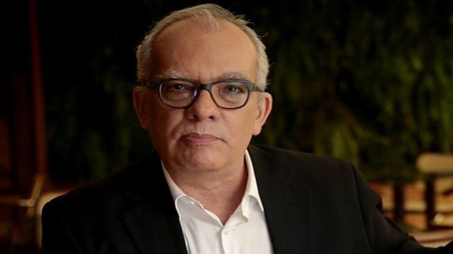 Imagem ilustrativa da notícia: Jornalista Artur Xexéo morre após descobrir linfoma