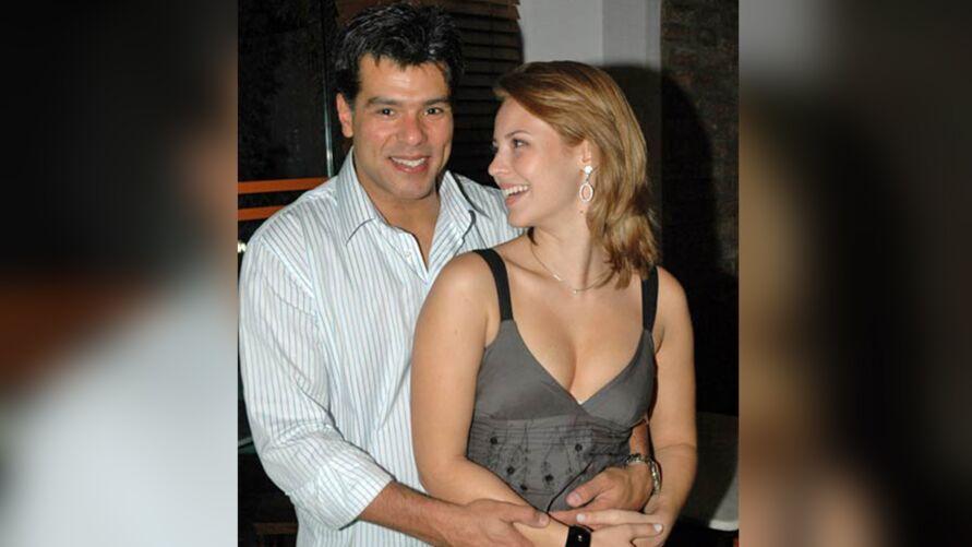 Imagem ilustrativa da notícia: Romance entre Mauricio Mattar e Paolla Oliveira bomba na web