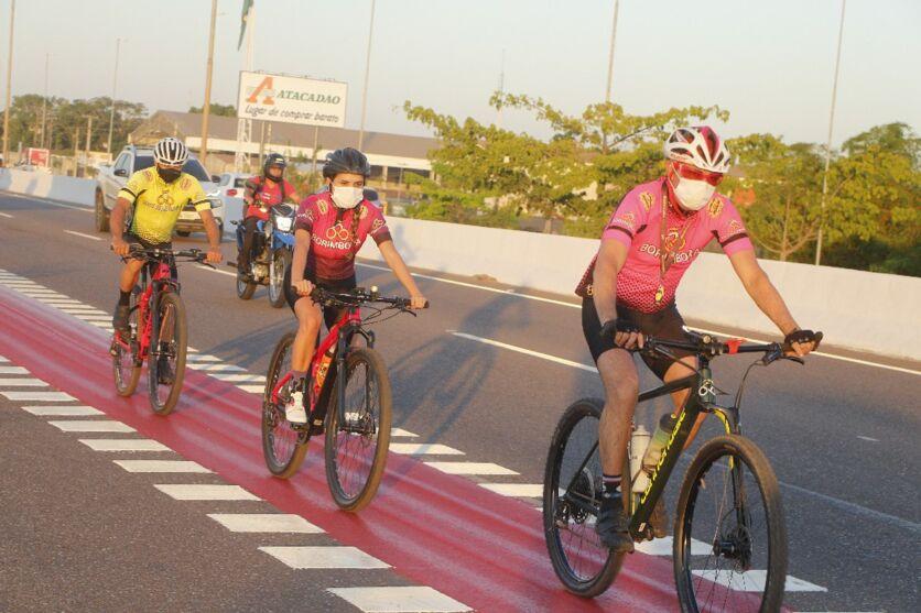 Implantação da ciclofaixa atende um anseio de quem precisa da bicicleta como meio de transporte ou para a prática do ciclismo