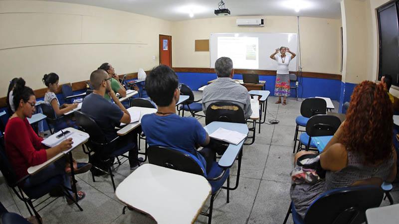 Serão seis vagas para a carreira de magistério superior, na classe de professor auxiliar da Uepa