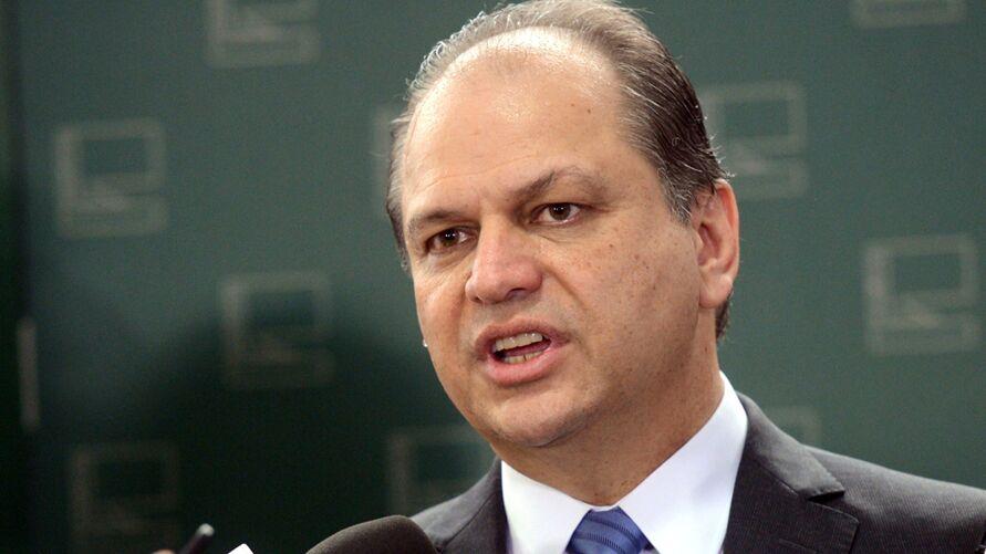 Imagem ilustrativa da notícia: Ao vivo: Barros diz que Bolsonaro o citou por causa de foto