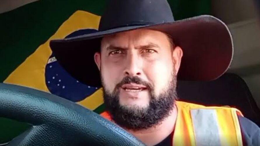 """Líder dos caminhoneiros Marcos Antônio Pereira Gomes, mais conhecido como """"Zé Trovão"""""""