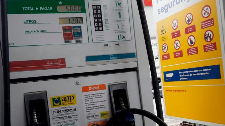 De janeiro a agosto, a gasolina subiu 31% e o diesel 28%