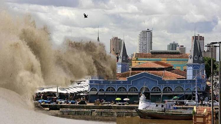 Chance de tsunami na costa brasileira é extremamente remota, dizem cientistas