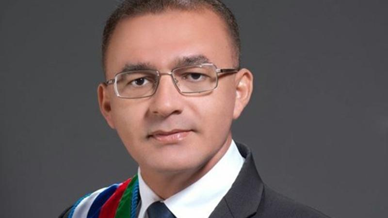 O ex-prefeito de Santa Luzia do Pará, Adamor Aires, teria pago por sentenças