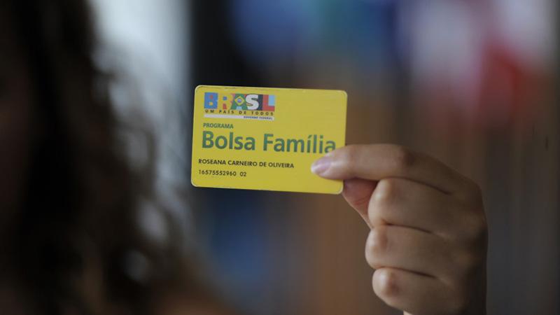 """Ano eleitoral não deverá ter Bolsa-Família """"turbinado"""""""