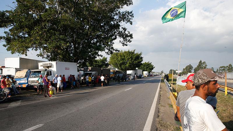Imagem da greve dos caminhoneiros em 2018