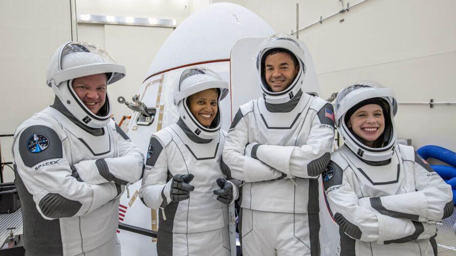 """Imagem ilustrativa da notícia: Quanto custa uma """"passagem"""" na SpaceX, de Elon Musk?"""