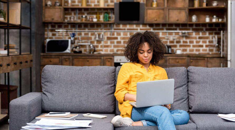 Imagem ilustrativa da notícia: Pesquisa: mais de 40% das brasileiras preferem home office