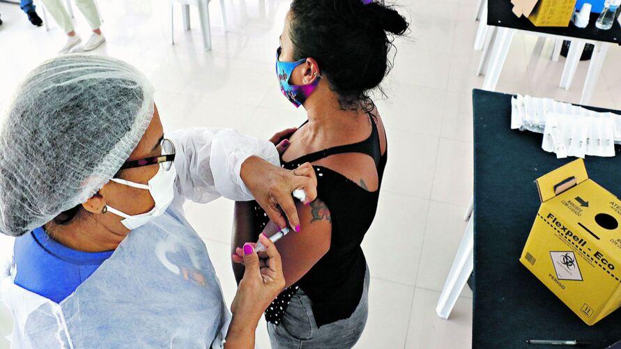 Em Belém, vacinação avança para quem ainda não tomou nenhuma dose ou deve tomar reforço