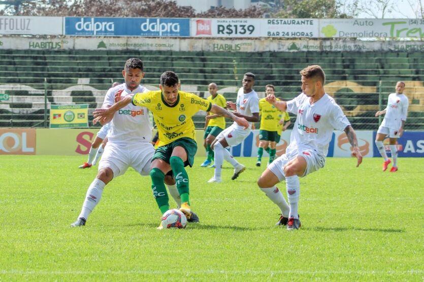 Oeste perdeu para o Ypiranga-RS e acabou rebaixado na Série C do Brasileiro