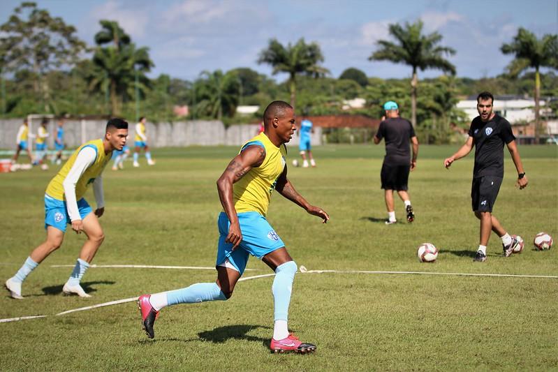 Um dos novos contratados, volante Marino participou pela primeira vez do treinamento do Paysandu.