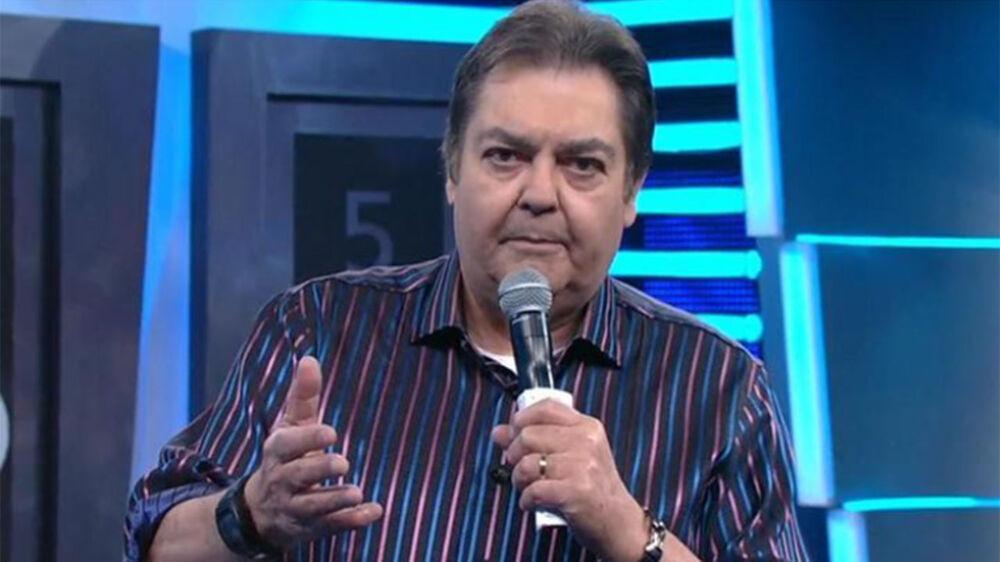 Imagem ilustrativa da notícia: Band quer estreia urgente de Faustão