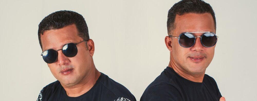 Os irmãos gêmeos começaram a cantar há três décadas.