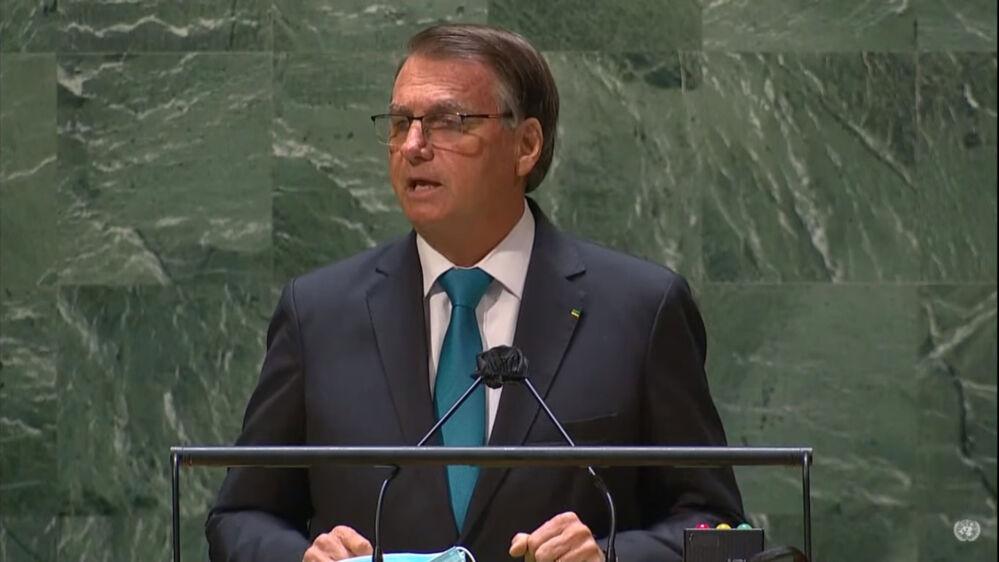 Com duração de 12 minutos, discurso de Bolsonaro foi repleto de contradições