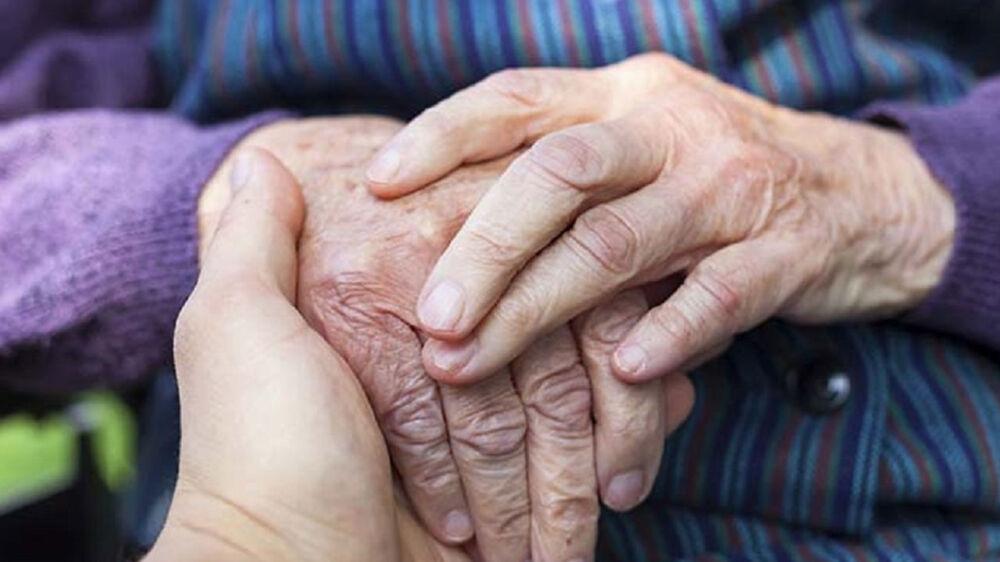 A degeneração do cérebro começa, em média, aos 50 anos