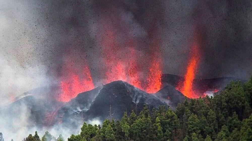 Vulcão já deixa rastros de destruição nas Ilhas Canárias.