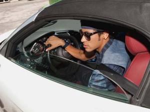 Conheça a coleção de carros do craque Neymar